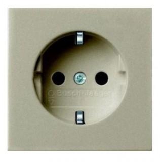 Лицевая панель с защитными шторками для розеток 20 M-500 ABB basic (шампань)