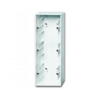 Коробка для накладного монтажа 3 поста ABB Basic белый