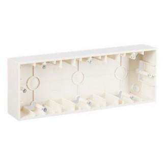 Коробка для наружного монтажа 3 местная Simon 1590753-031 слоновая кость