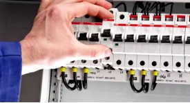 Как выбрать автоматический выключатель?
