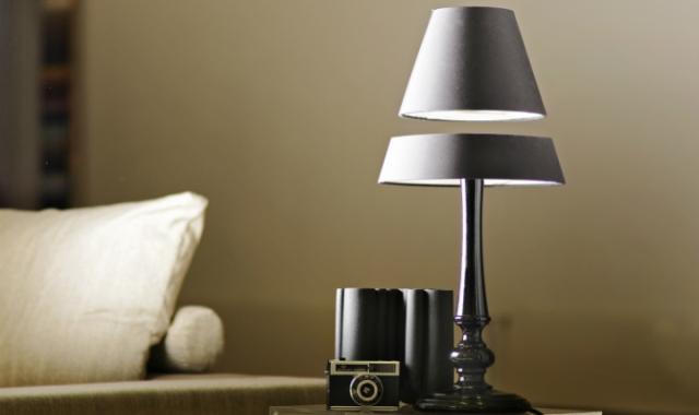 Особенности настольных ламп