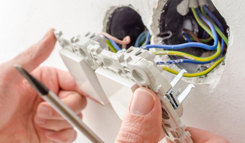 Техника безопасности при работе с розетками