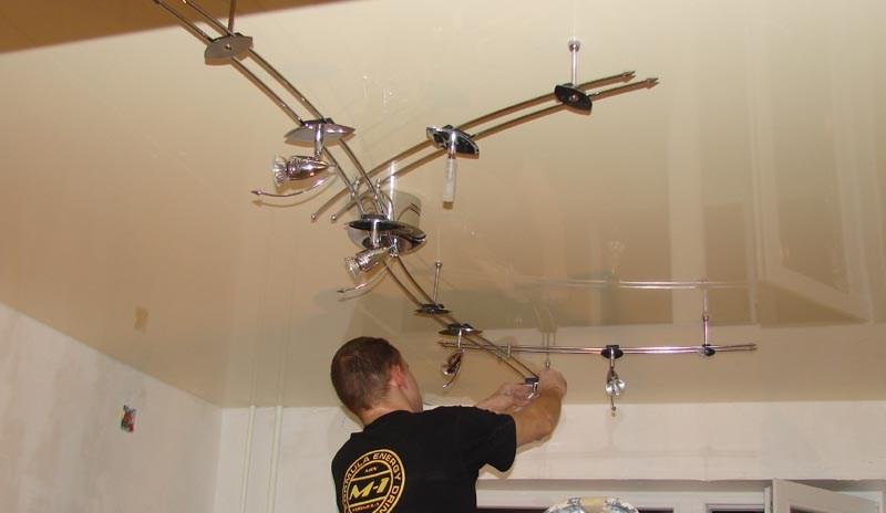 Установка светильников при ремонте